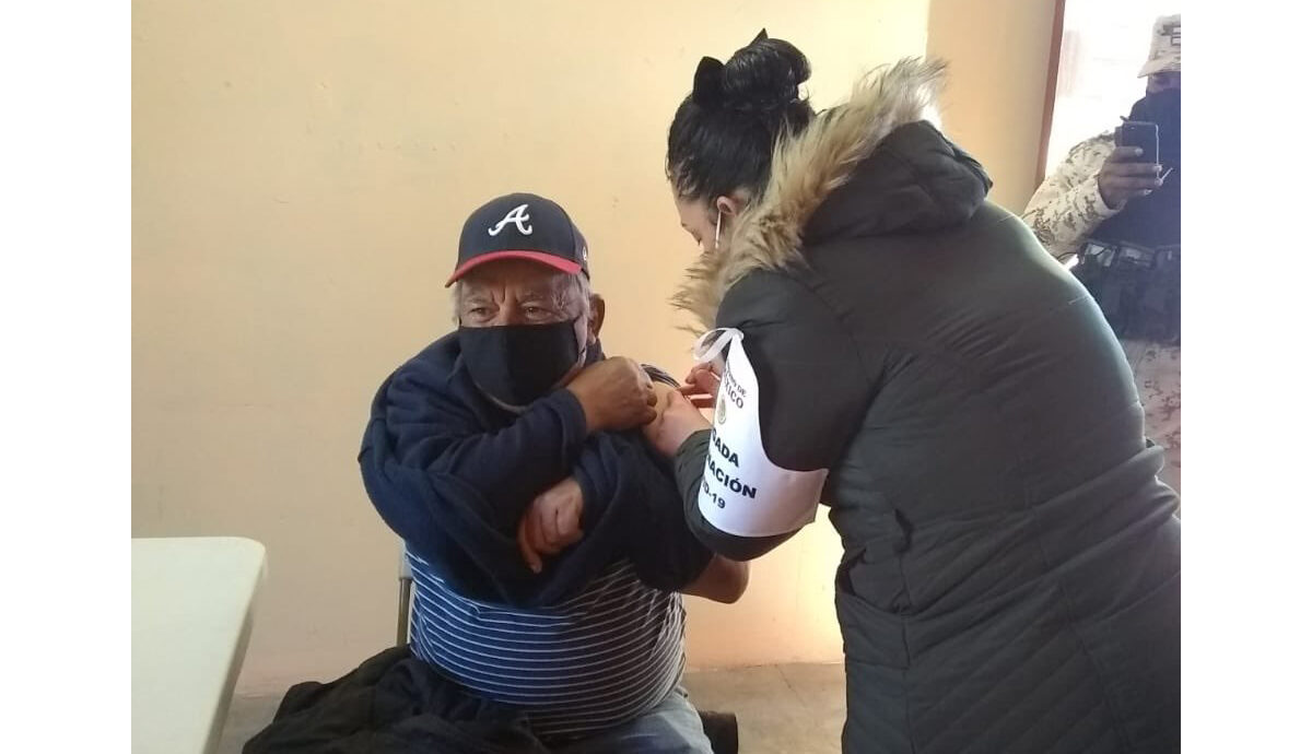 Inició este lunes vacunación contra COVID-19 para adultos mayores en 45 municipios de Sonora