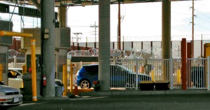 Supera San Luis cruce comercial de todo Arizona