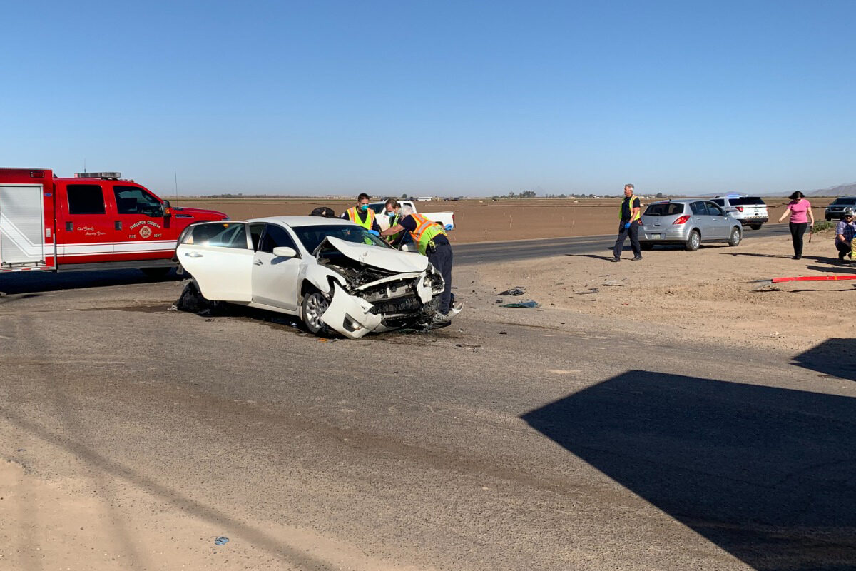 Dos menores y dos mujeres heridos tras accidente en Somerton