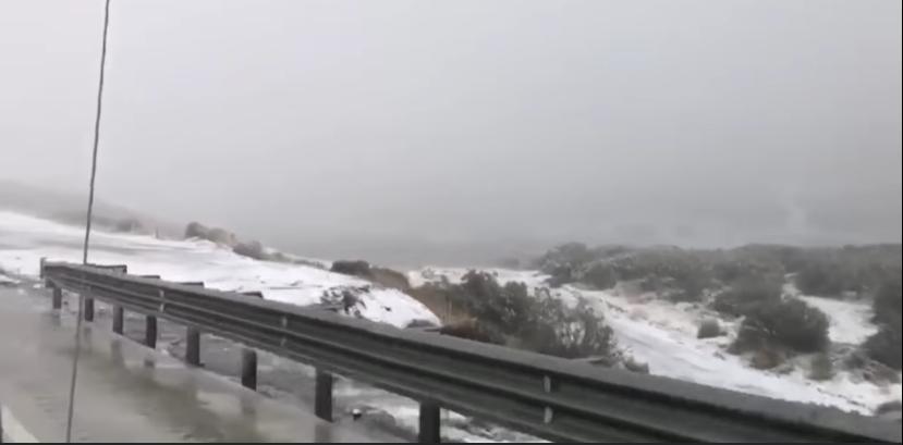 Alertan a viajeros por tormenta invernal en Baja California