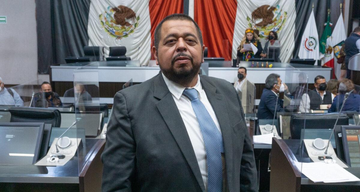 Solicita Salvador Urzúa a los ayuntamientos ahorro voluntario para retiro de policías
