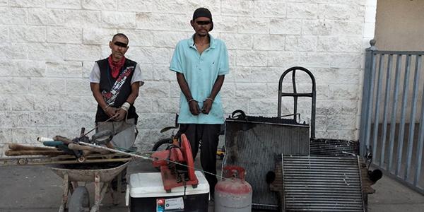 Detienen municipales a presuntos ladrones