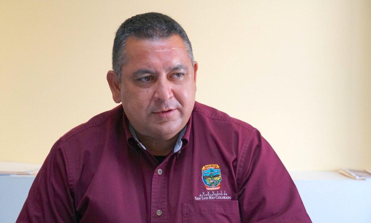 Se separa Ricardo Lugo de la secretaria del Ayuntamiento