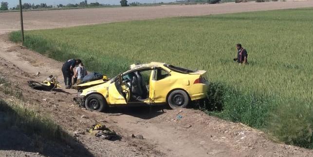 Accidente carretero en el valle de SLRC deja dos lesionados