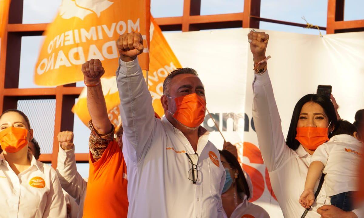 Continúa Montes Piña campaña rumbo a la alcaldía
