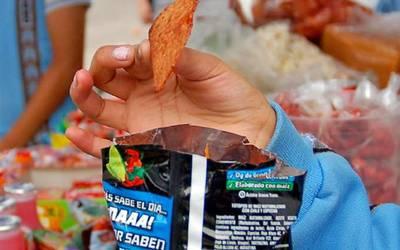 Recomiendan a los sanluisinos evitar consumo de comida chatarra