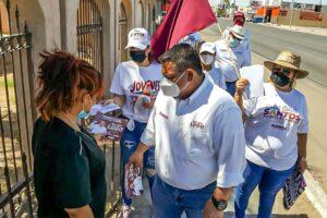 Candidatos morenistas visitan a comerciantes de la calle 26