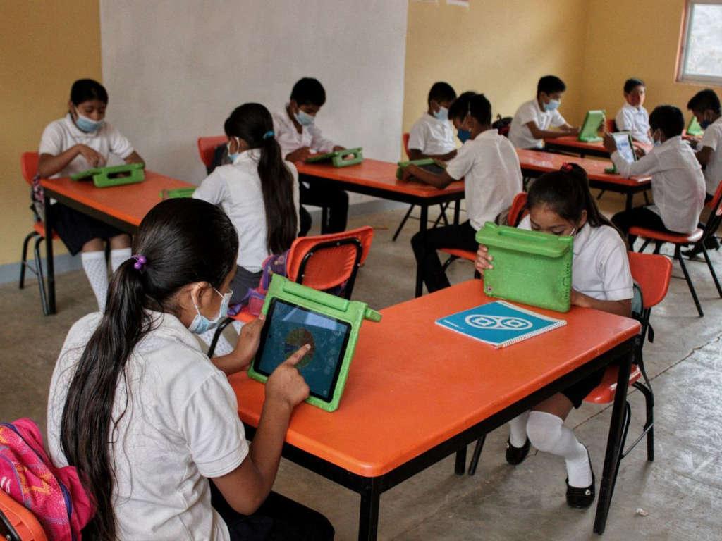 Pandemia provocó rezago educativo de 2 años en estudiantes mexicanos