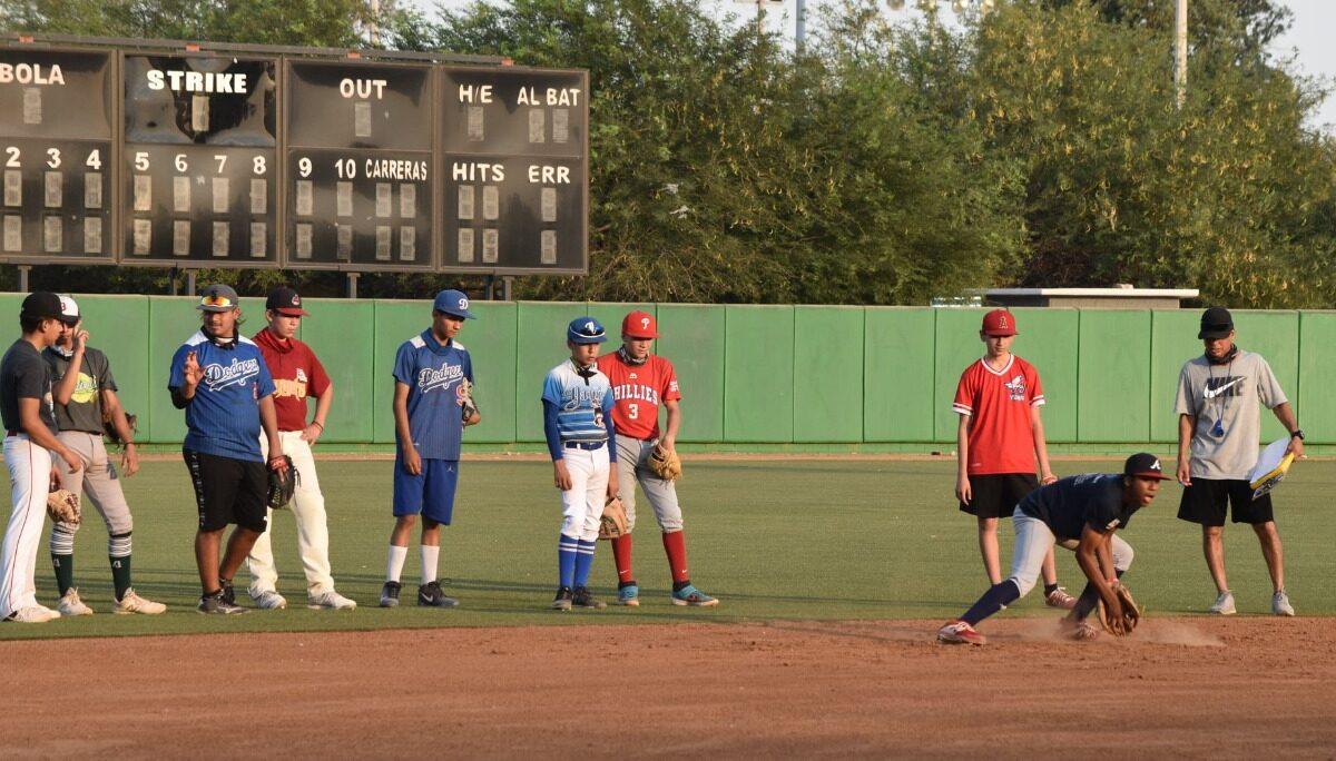 Cumple Academia de beisbol primera semana de prácticas