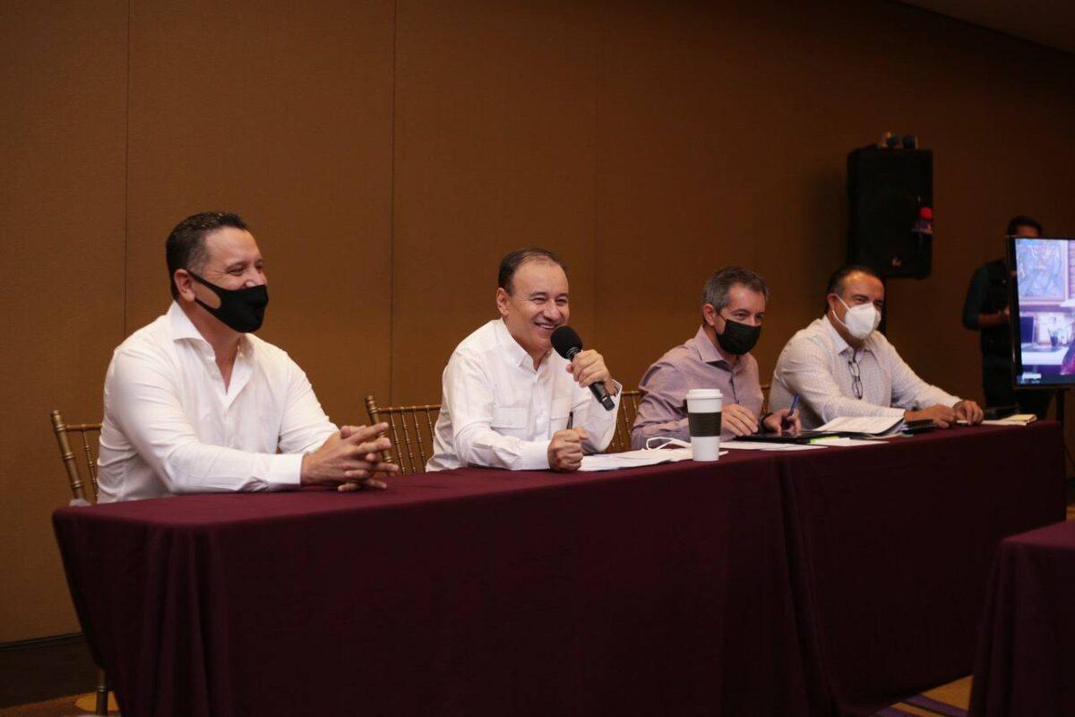 Durazo presenta avances de la Comisión Mixta de transición.