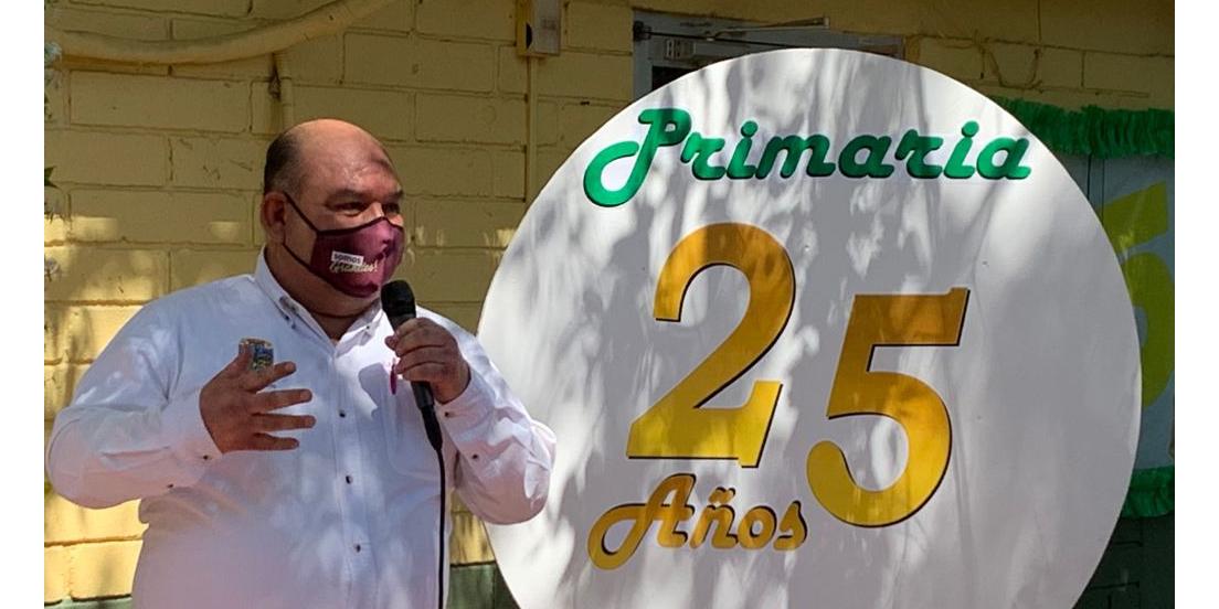 Participa Alcalde en festejo de 25 años de la Primaria Kino