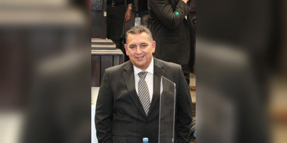 Trabajo con honradez e inteligencia para dejar un legado en el congreso : Lugo Moreno